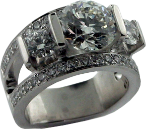 Anniversary Ring with Hearts On Fire® Diamonds
