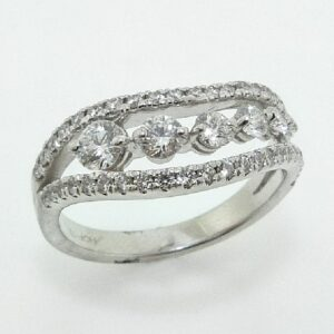 18K White gold Succession Journey Mini Right Hand Ring by Hearts On Fire set with ideal cut, round brilliant cut diamonds by Hearts On Fire, 0.86 carat total weight, VS-SI, G/H.