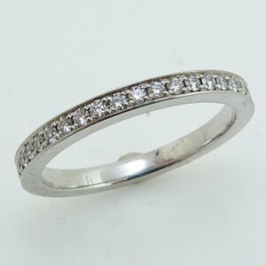 Platinum band set with ideal cut, round brilliant cut diamonds by Hearts On Fire, 0.144 carat total weight, G-H, SI/VS.