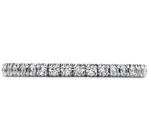 18K White gold Heart On Fire Transcend band claw set with 18 ideal cut, round brilliant cut Hearts On Fire diamonds, 0.29cttw, G/H, VS-SI.