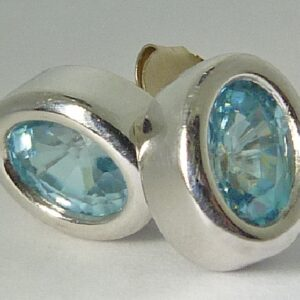 2.70cttw 14K White Gold Oval shaped Blue Zircon Stud Earrings
