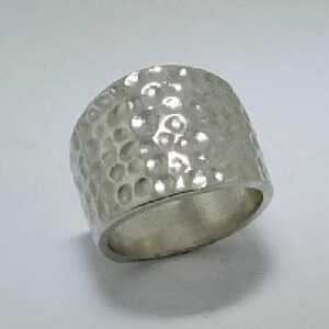 lady's 14K White Gold Hammered Ring