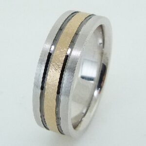 14K White gold pipestyle, comfort fit 7mm band with yellow gold textured inlay accented with black rhodium stripes.