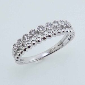 14K White gold stackable illusion band set with 0.16cttw, G/H, SI very good cut round brilliant cut diamonds