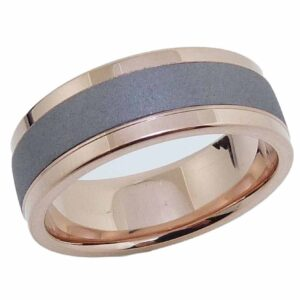 Men's ring made with brushed tantalum in the center and 14K polished rose gold sleeve and borders.
