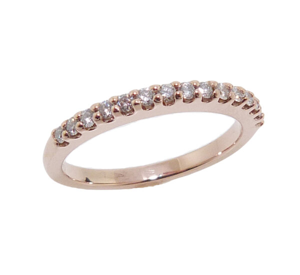 14K Rose gold diamond lady's band set with set with 15 round brilliant cut diamonds, 0.225cttw, H/I, SI2-I1.